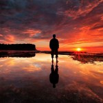 Mudar de vida: Como vencer o medo de abandonar uma carreira infeliz e ganhar dinheiro fazendo o que ama.